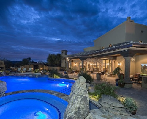 custom pool building contractors scottsdale