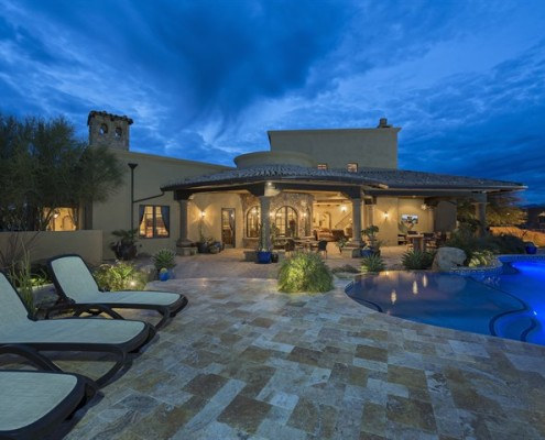 luxurious custom built pool in scottsdale
