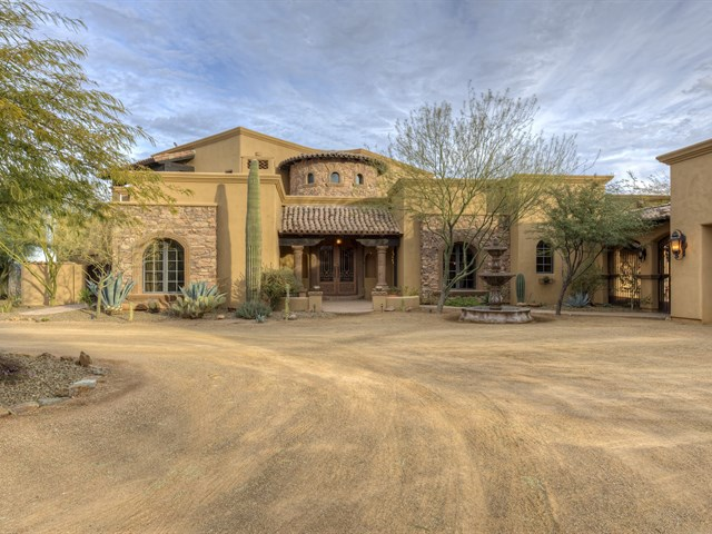 Luxury custom home construction in scottsdale arizona for Building a house in arizona